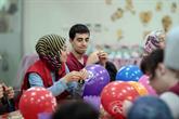 Uluslararası öğrenciler Engelliler Sarayı'na hayran kaldı1