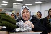 Bağcılarlı Kadınlar Mehmetçik İçin Kışlık Giyecek Ördü