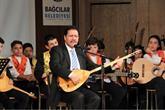 UNESCO Ödüllü Sanatçı Bilgi Evi'nin Minik Müzisyenlerine Hayran Kaldı