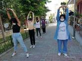 Bağcılarlı Kadınlar Her Gün Buluşup Spor Yapıyor