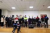 Engelliler, Polisler İçin Çaldı, Söyledi