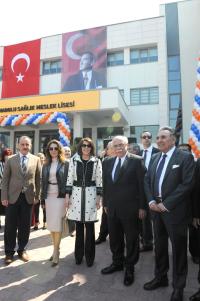 Aydın Doğan Anadolu Sağlık Meslek Lisesi açıldı